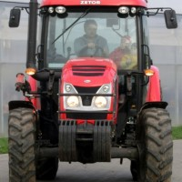 Projížďka traktorem