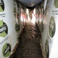 Nejlepší atrakce pro děti - tunel z balíků