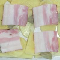 5 - dále se vrství slanina