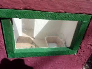 Okna jsou původní, památkáři nemusí mít strach!