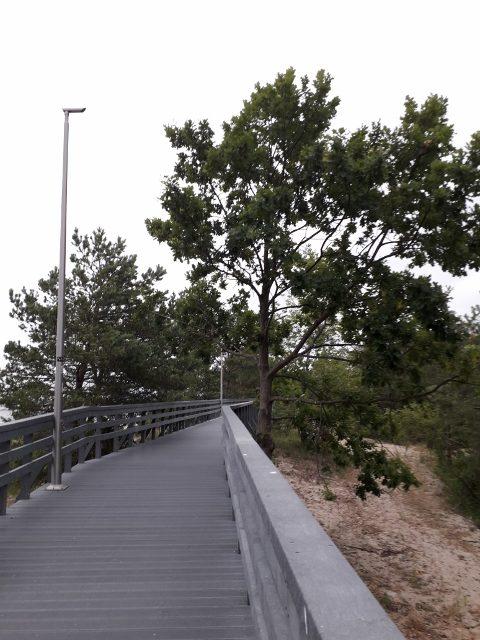 Międzyzdroje - chodníčky podél pláží