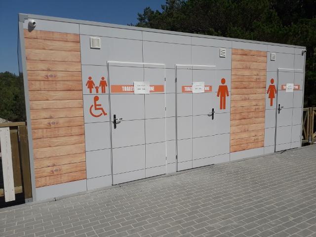 Toalety u pláže Dziwnów