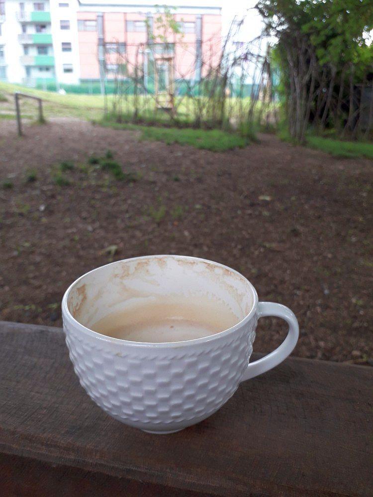 S kávou je to na hřišti větší pohoda, nebo ne?